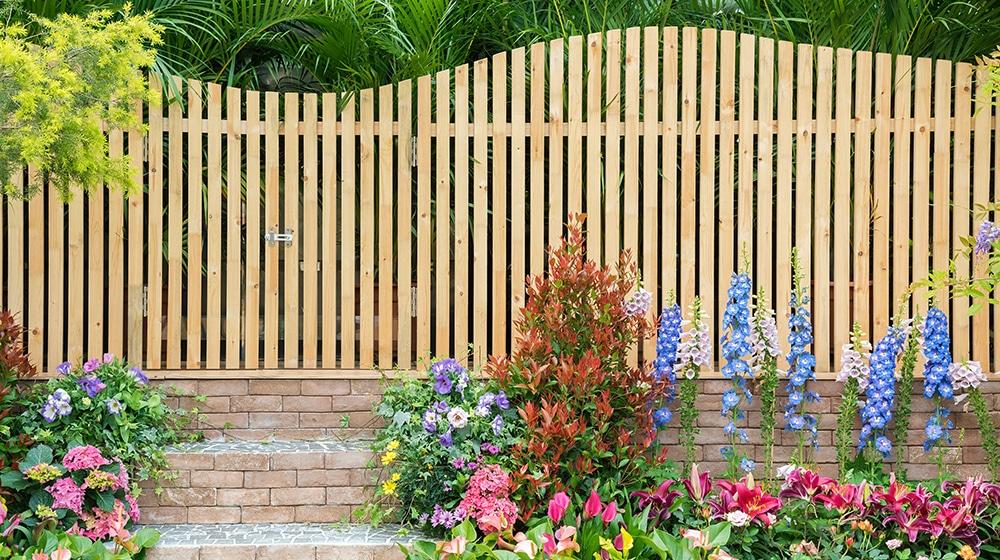 Zaunbau: Holz- Metall- Kunststoff-Zaun